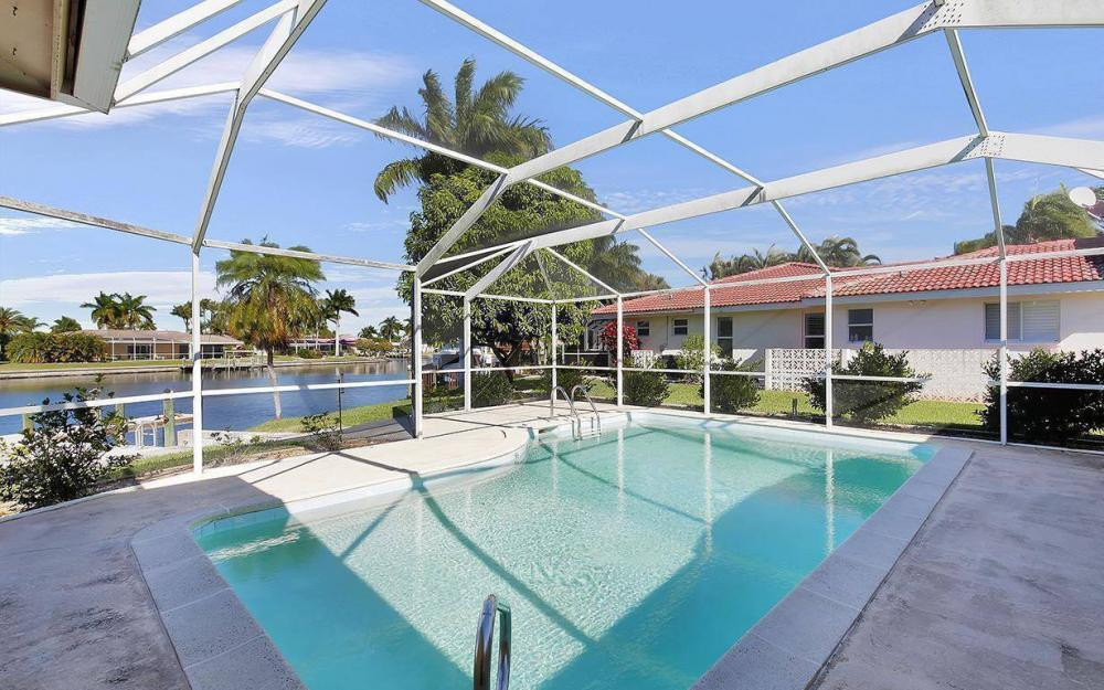 119 Bayshore Dr, Cape Coral - House For Sale 1789911027