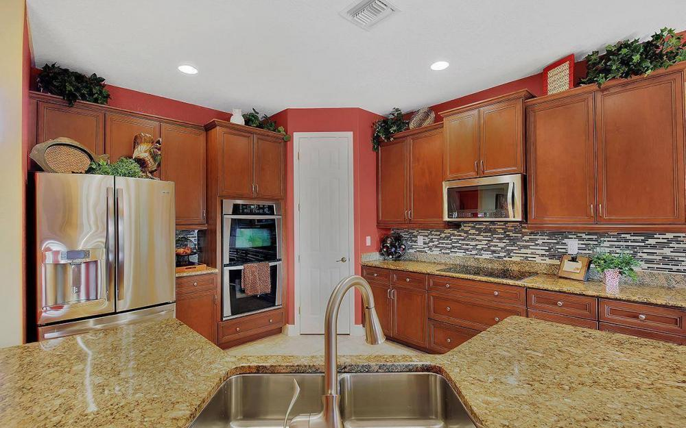 8843 Tropical Ct, Fort Myers - House For Sale 688720693