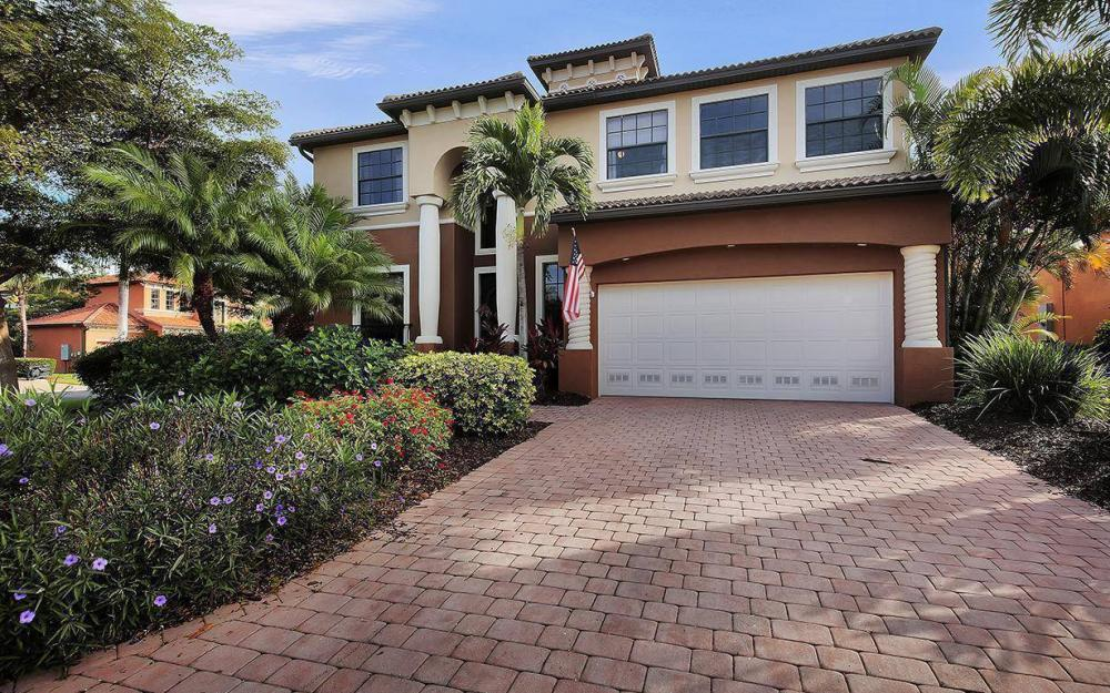 8843 Tropical Ct, Fort Myers - House For Sale 98862120