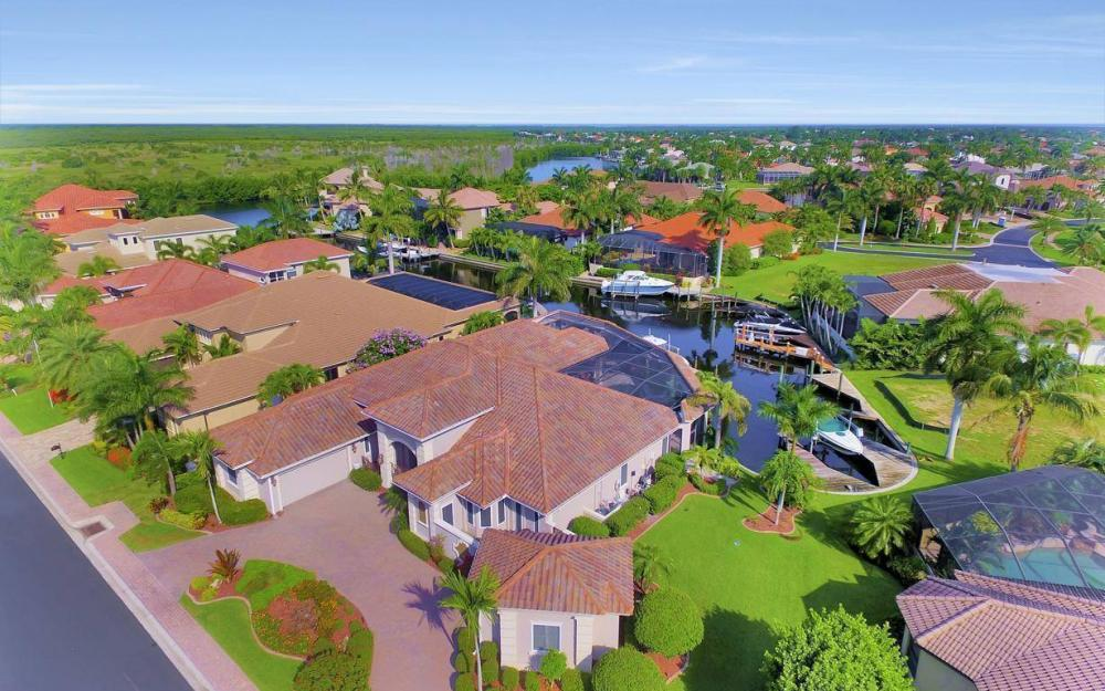 5648 Yardarm Ct, Cape Coral - Estate Home For Sale 39404809