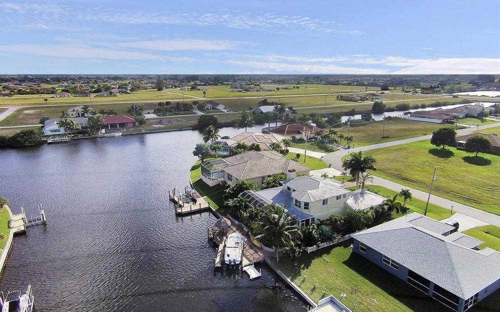 3307 NW 2nd St, Cape Coral - House For Sale 129138116