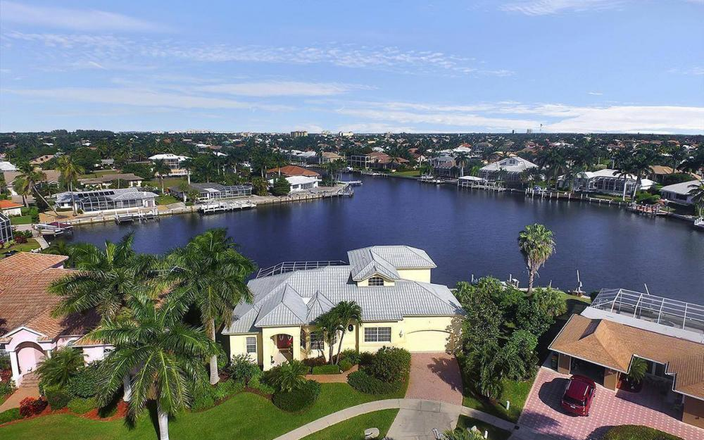 870 Robin Ct, Marco Island - House For Sale 1894380347