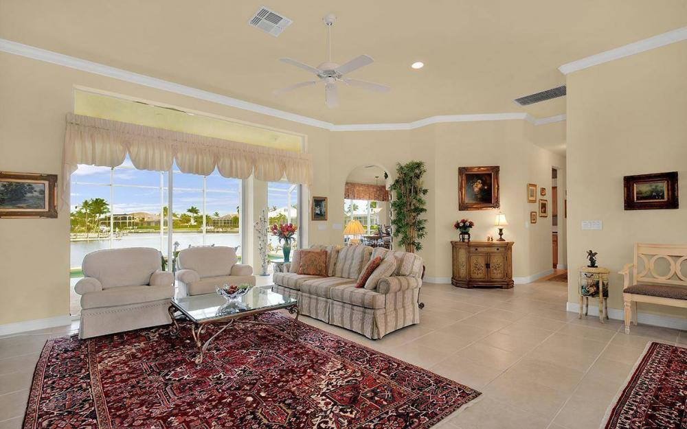 870 Robin Ct, Marco Island - House For Sale 84309057