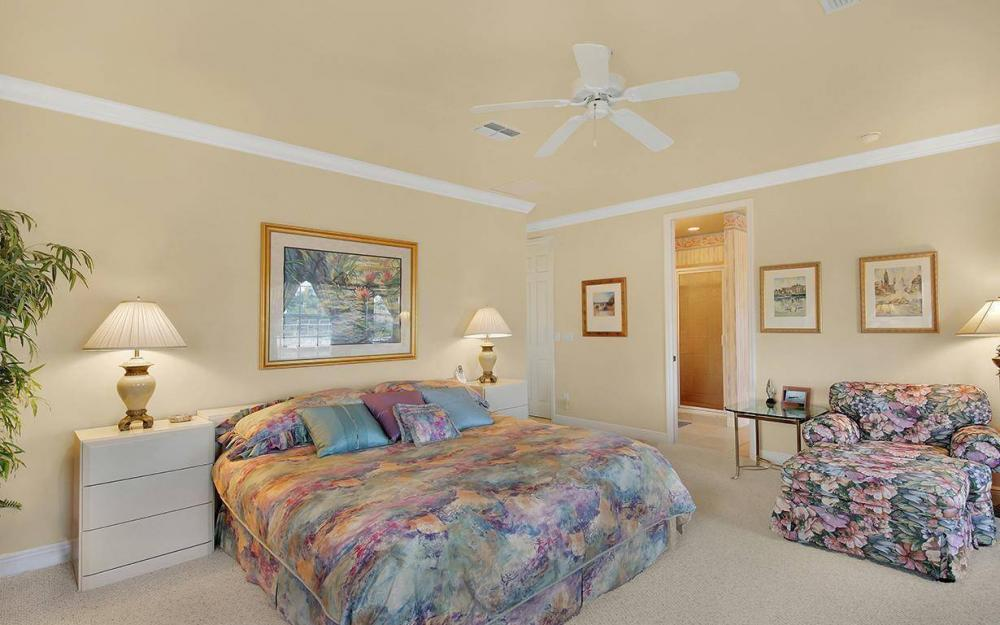 870 Robin Ct, Marco Island - House For Sale 922500046