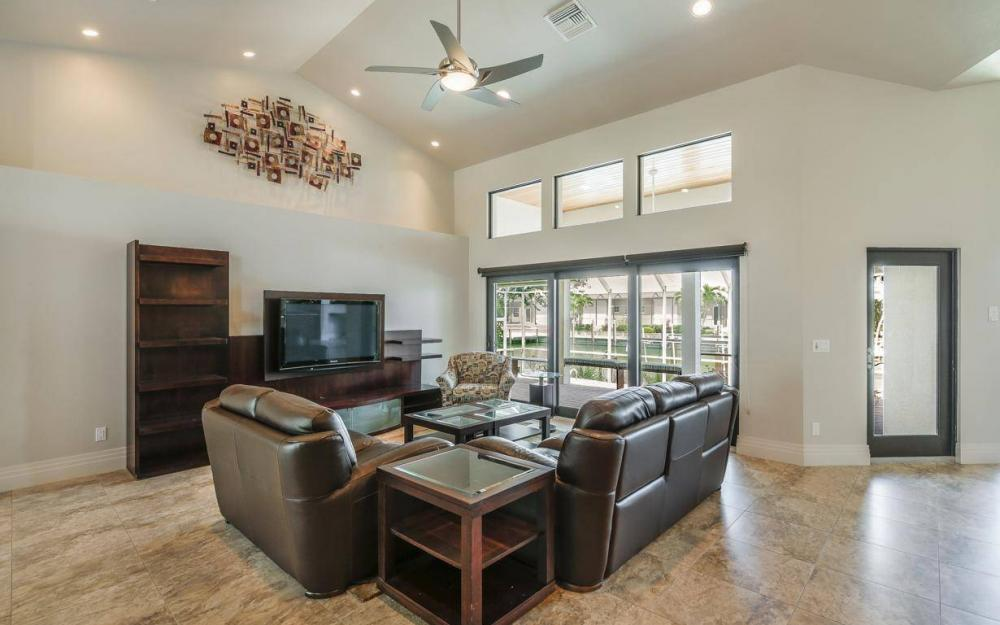 580 Goldcoast Ct, Marco Island - House For Sale 1922438423