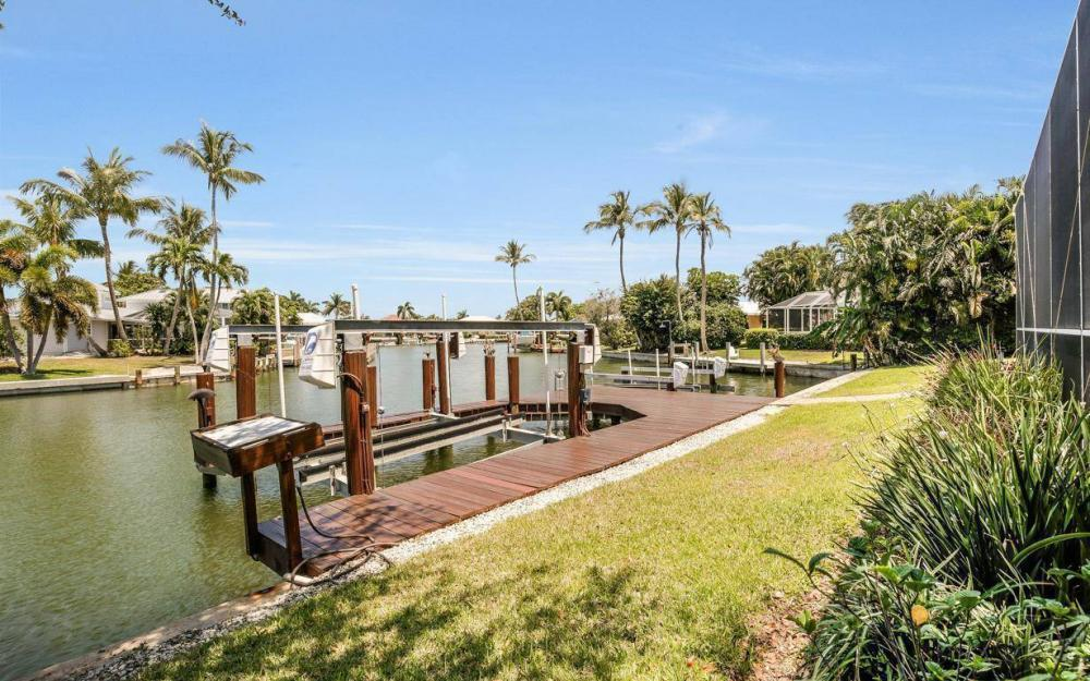 580 Goldcoast Ct, Marco Island - House For Sale 381433003
