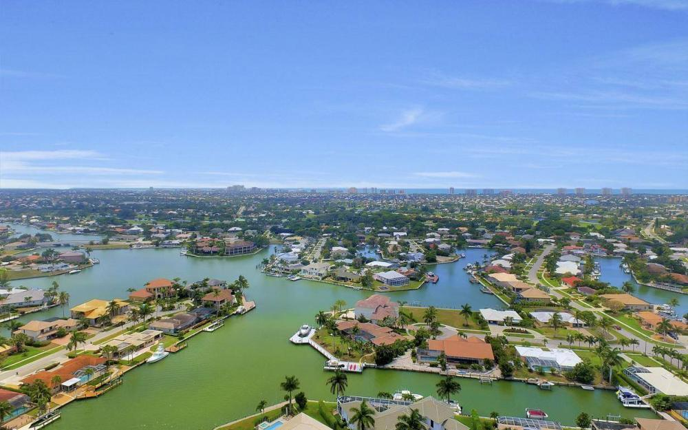 580 Goldcoast Ct, Marco Island - House For Sale 1128497270