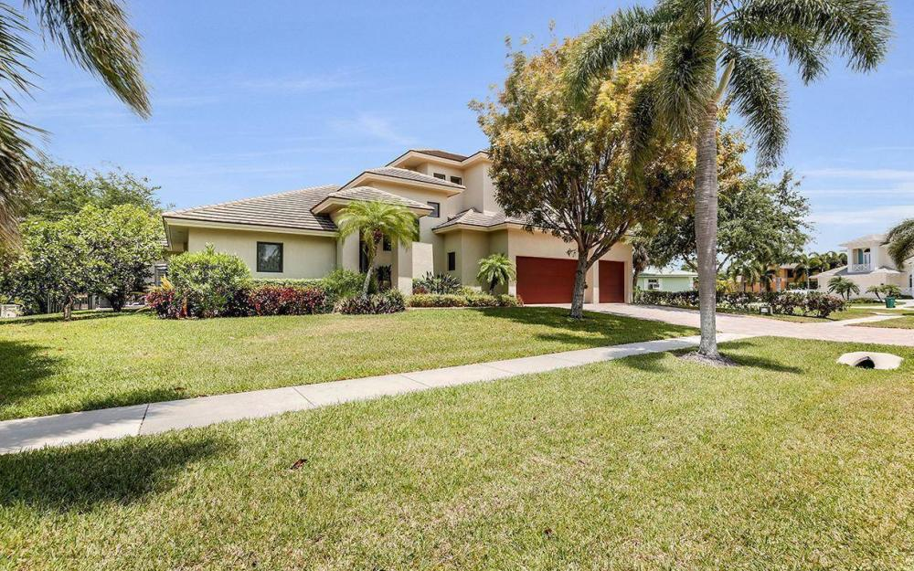 580 Goldcoast Ct, Marco Island - House For Sale 1249352275