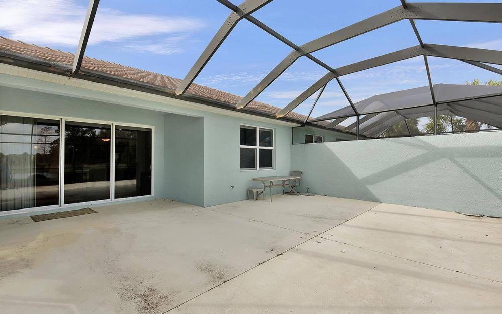 10639 Camarelle Cir, Fort Myers - House For Sale 678939945