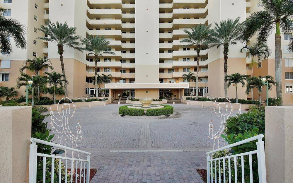 990 Cape Marco Dr #304, Marco Island - Condo For Sale 1759856179