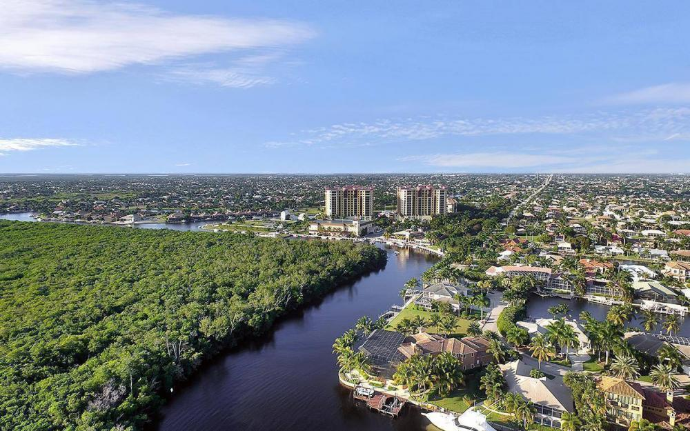5626 Cape Harbour Dr #201, Cape Coral - Condo For Sale 382086938