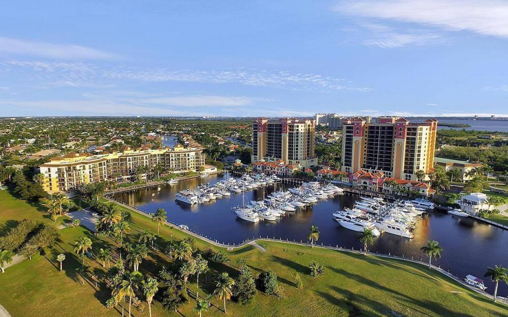 5626 Cape Harbour Dr #201, Cape Coral - Condo For Sale 1924476899