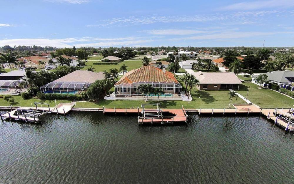 1824 SW 48th Ln, Cape Coral - Vacation Rental 946715664
