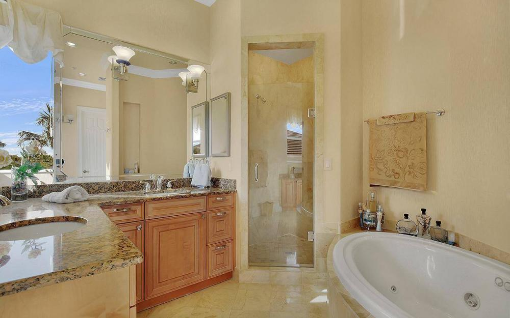 12560 Panasoffkee Dr, North Fort Myers - House For Sale 272133645