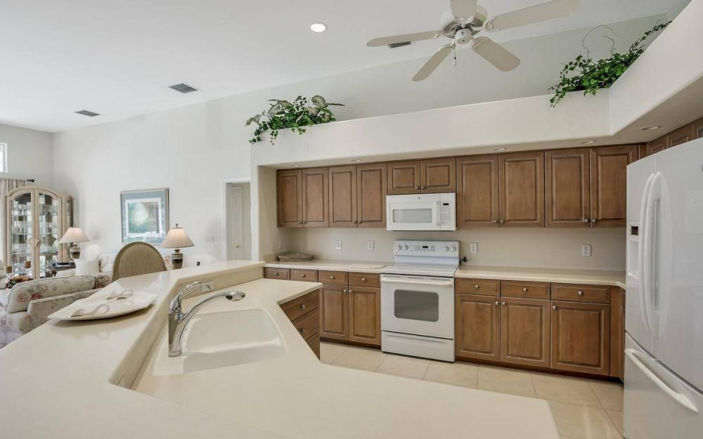 102 Channel Ct, Marco Island - House For Sale 1168838525