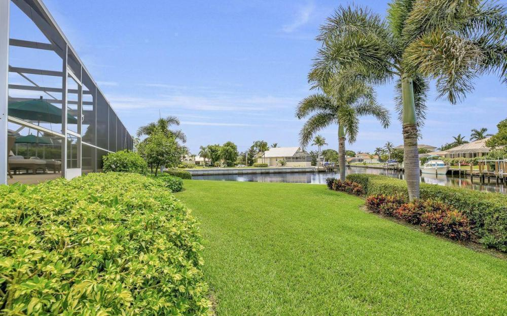 102 Channel Ct, Marco Island - House For Sale 664658677
