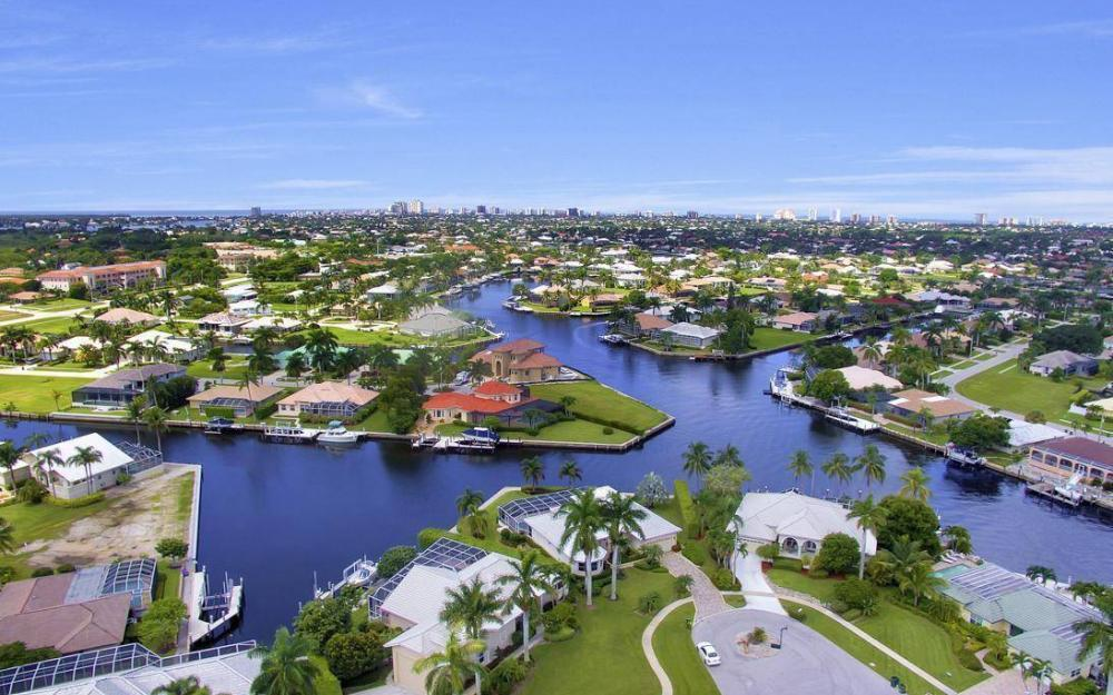 102 Channel Ct, Marco Island - House For Sale 1420175814