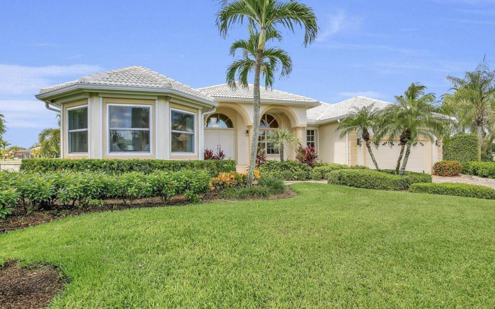 102 Channel Ct, Marco Island - House For Sale 1150601465