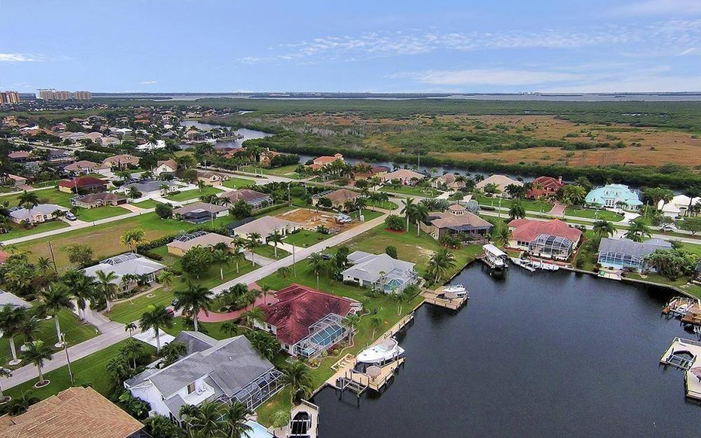 5414 SW 26th Ave, Cape Coral - House For Sale 2093449253