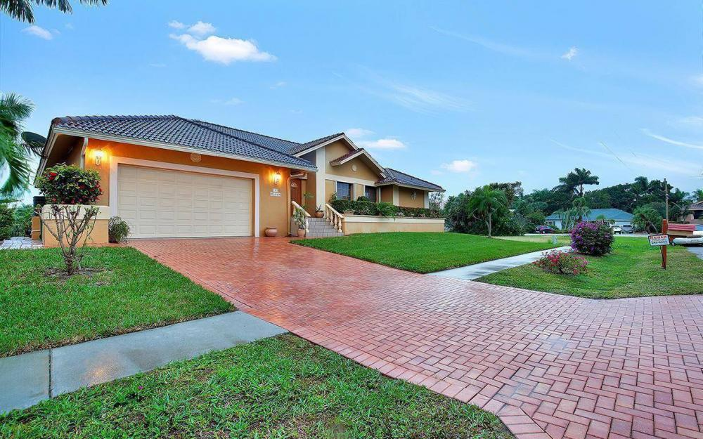 797 Dandelion Ct, Marco Island - House For Sale 1045719267