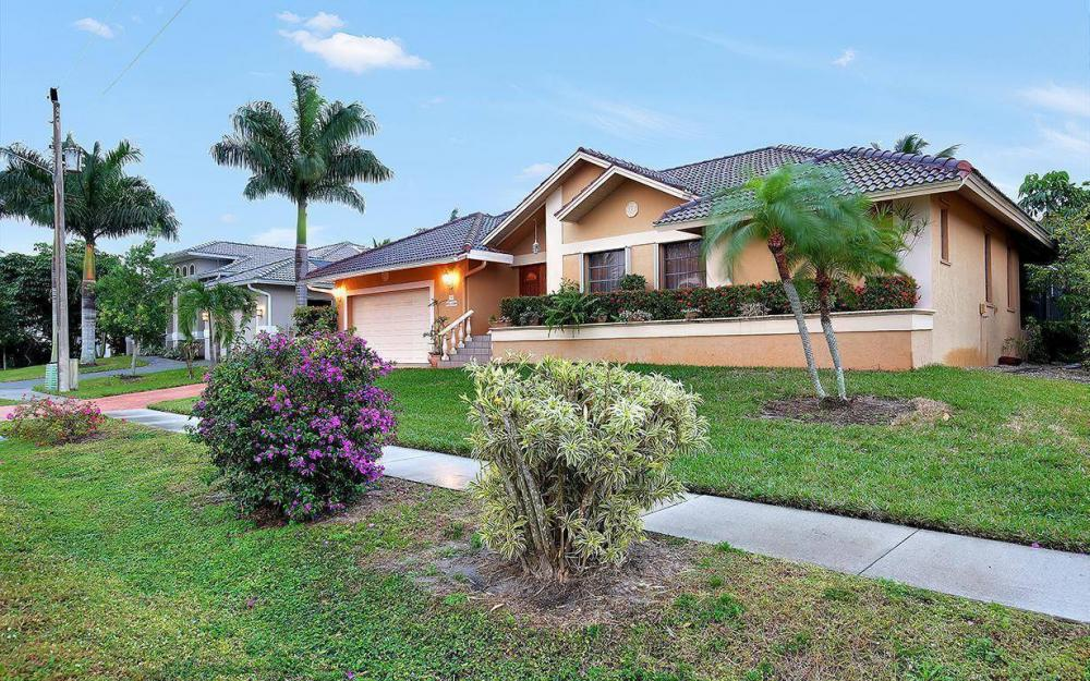 797 Dandelion Ct, Marco Island - House For Sale 448552059