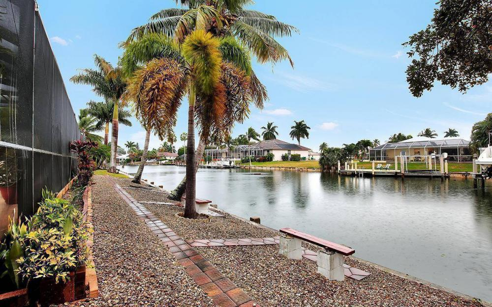 797 Dandelion Ct, Marco Island - House For Sale 1464722386