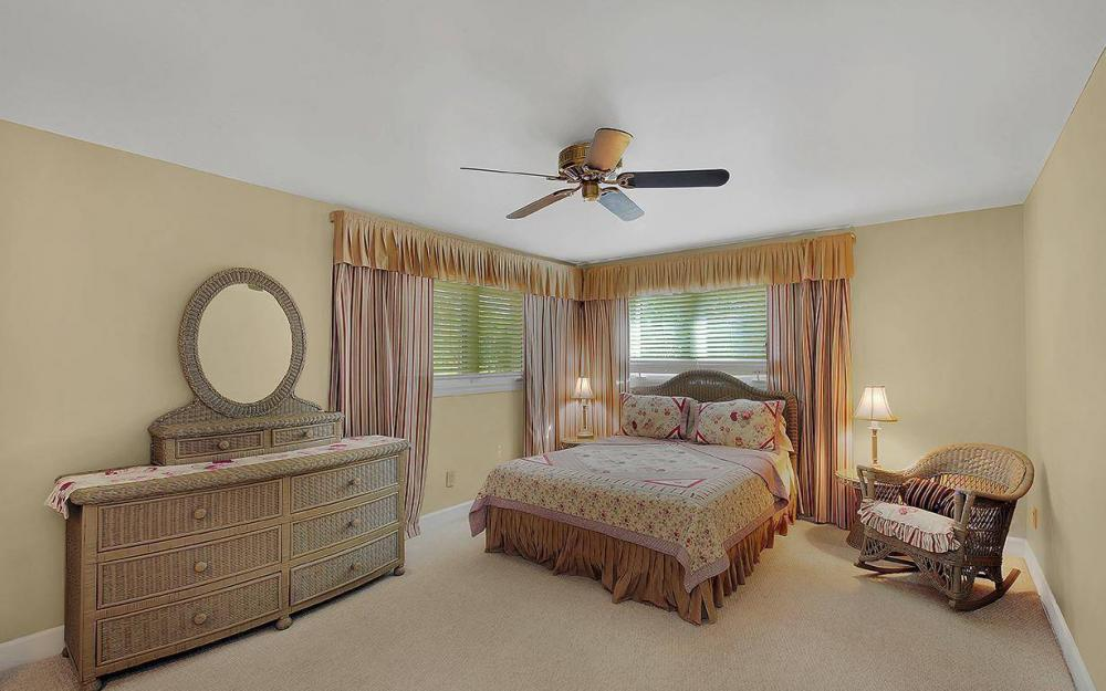 5404 Hickory Wood Dr - House For Sale 281872253