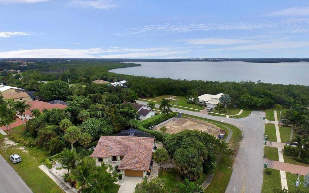 1741 Dogwood Dr, Marco Island - House For Sale 2123527134