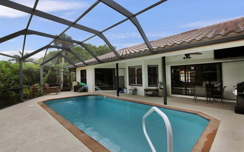 1741 Dogwood Dr, Marco Island - House For Sale 1927305530