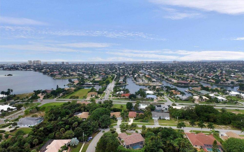 1741 Dogwood Dr, Marco Island - House For Sale 1584502845