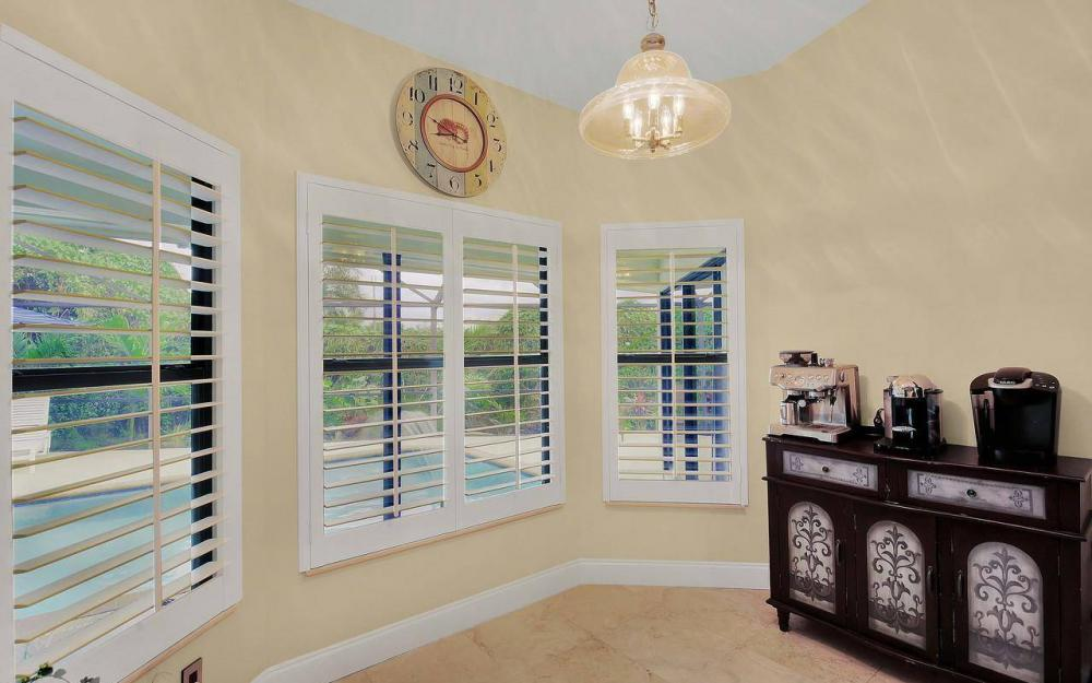 1741 Dogwood Dr, Marco Island - House For Sale 272012008
