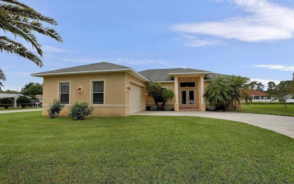 6750 Eagle Tree Ct, North Fort Myers - House For Sale 1192243108