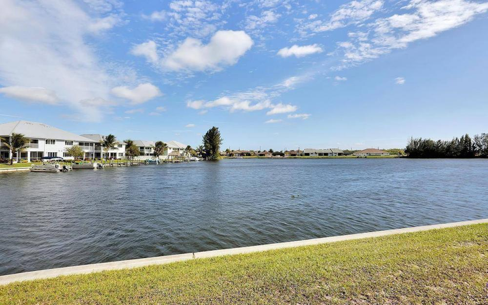 403 SW 4th St, Cape Coral - House For Sale 63987525