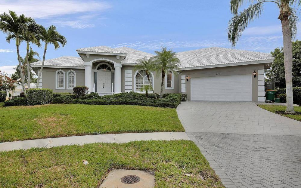 829 Bluebonnet Ct, Marco Island - House For Sale 1870542519