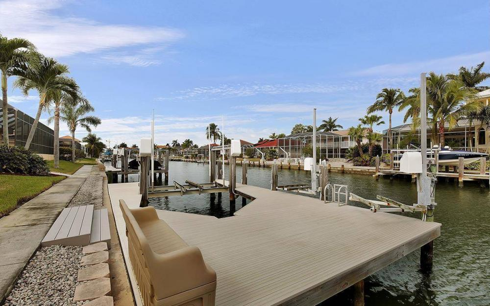 1188 Lamplighter Ct, Marco Island - House For Sale 1020105020