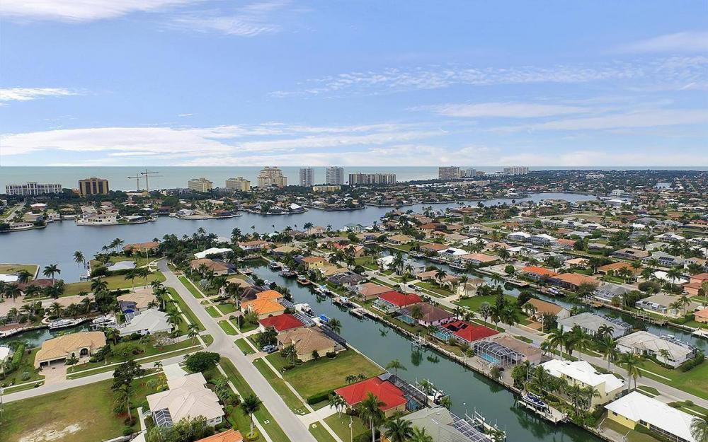 1188 Lamplighter Ct, Marco Island - House For Sale 533369366