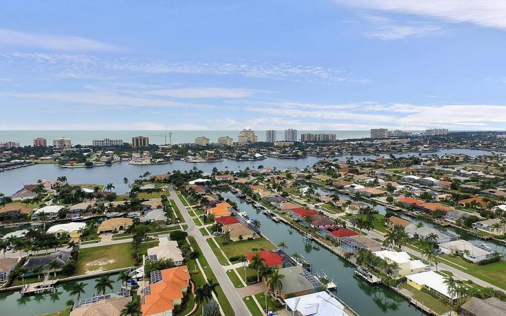 1188 Lamplighter Ct, Marco Island - House For Sale 889165950