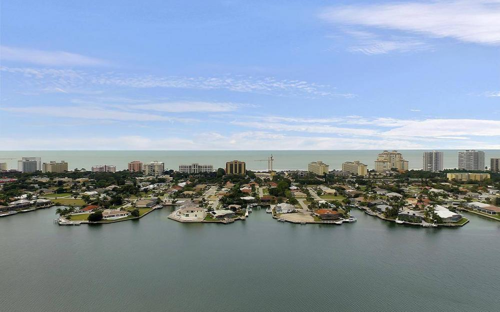 1188 Lamplighter Ct, Marco Island - House For Sale 348940941