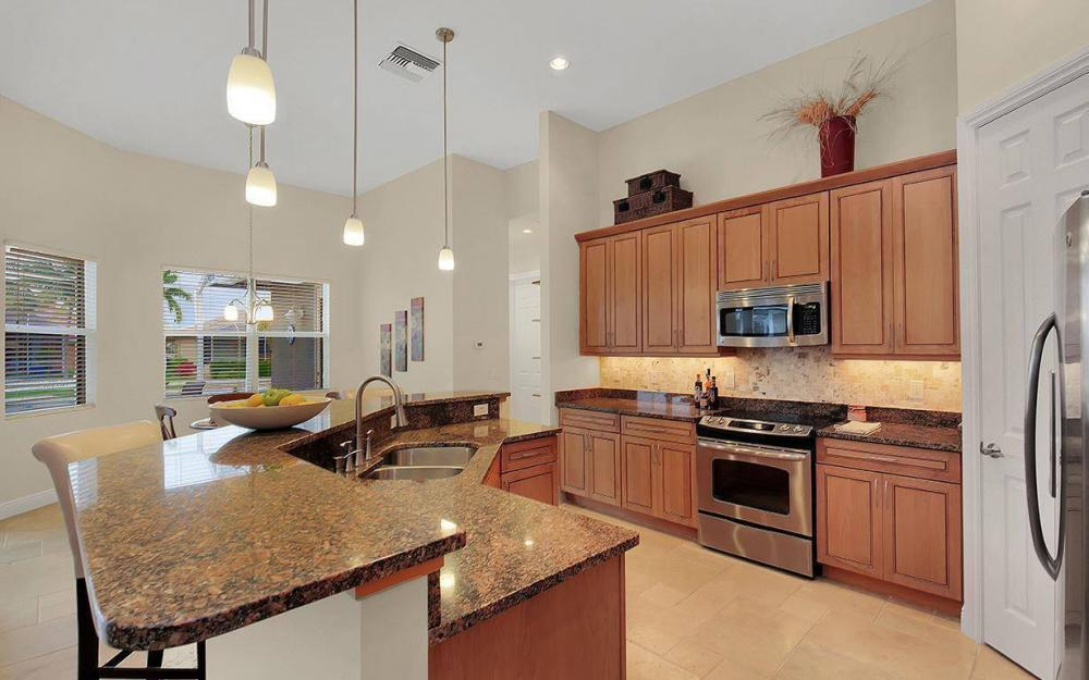 1076 San Marco Rd, Marco Island - House For Sale 1741728535