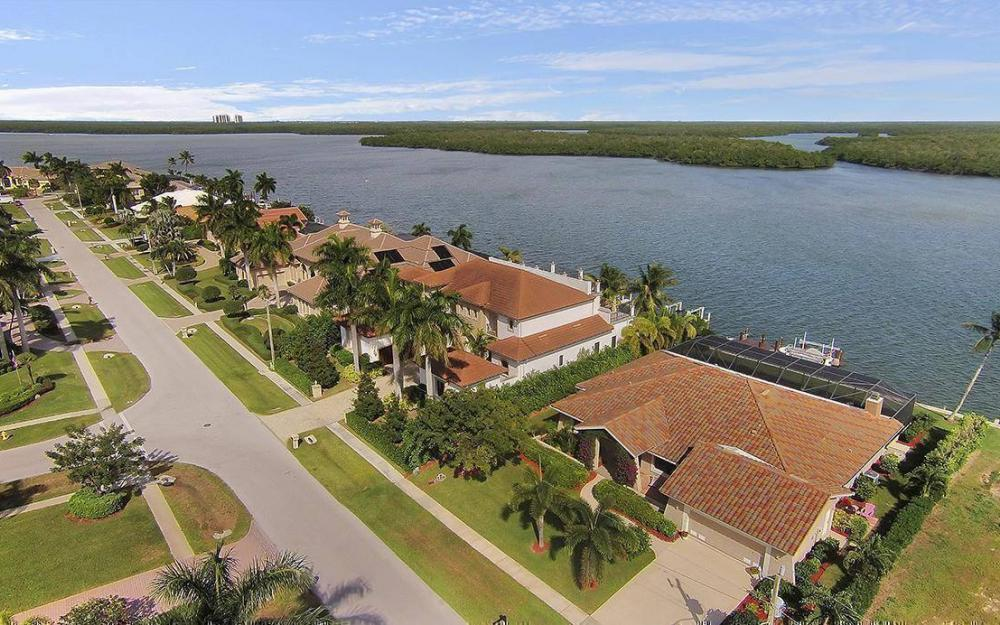 191 Stillwater Ct, Marco Island - House For Sale 1127755696