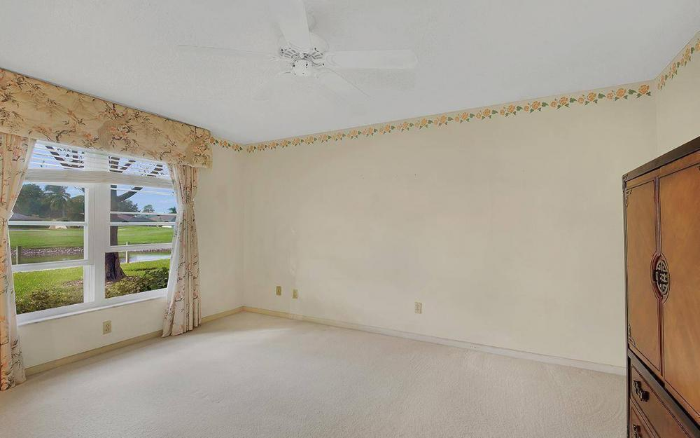 1037 Forest Lakes Dr, Naples - House For Sale 1778983066