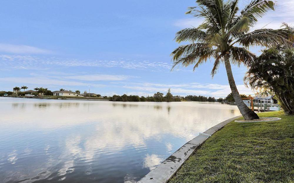 3712 NW 22 Tr, Cape Coral - House For Sale 1043189475