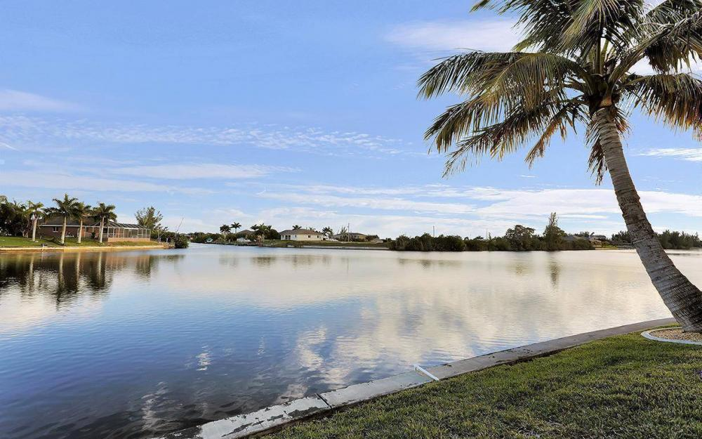 3712 NW 22 Tr, Cape Coral - House For Sale 835871913
