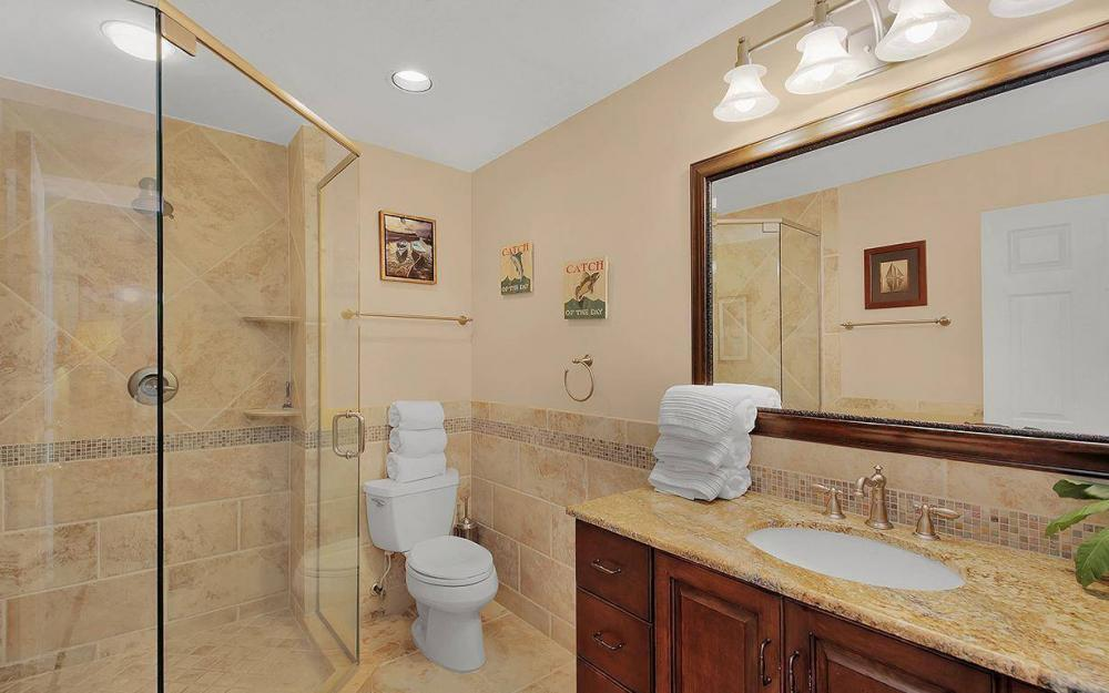 4402 Silver Fox Dr, Naples - House For Sale 202266379