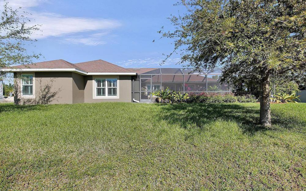 3910 Embers Pkwy W, Cape Coral - House For Sale 1879408172