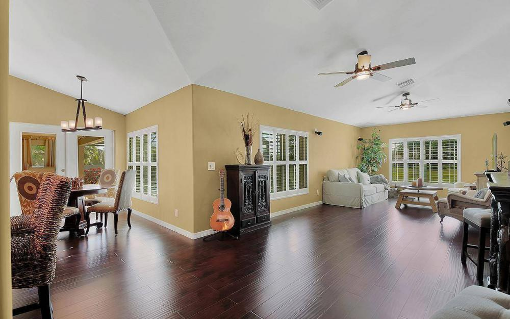 3910 Embers Pkwy W, Cape Coral - House For Sale 42678534