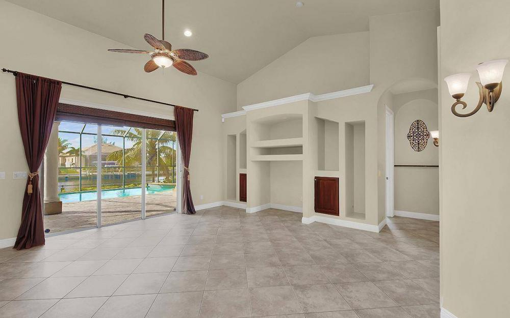 3702 SW 2nd St, Cape Coral - House For Sale 188909017