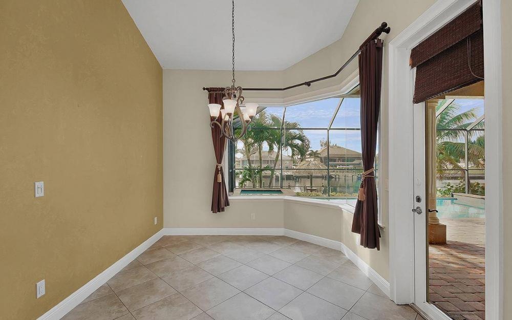3702 SW 2nd St, Cape Coral - House For Sale 501919498