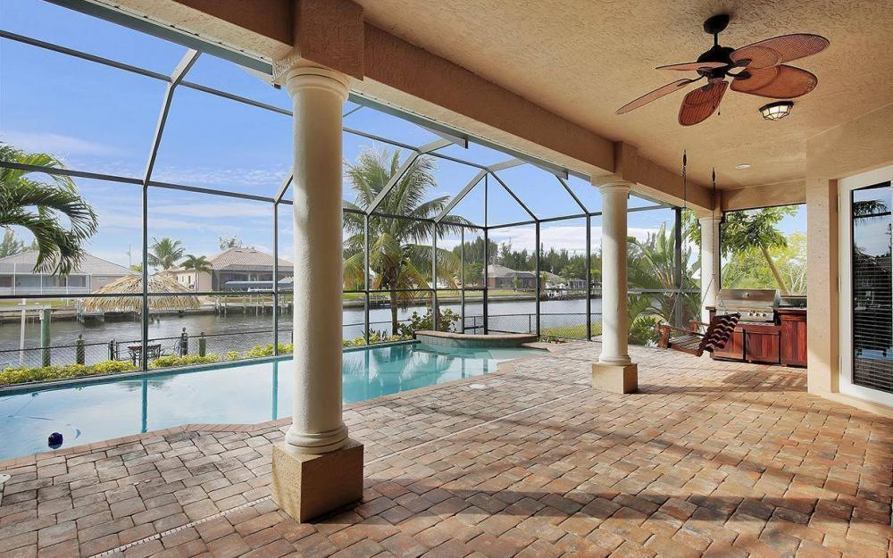 3702 SW 2nd St, Cape Coral - House For Sale 198955249