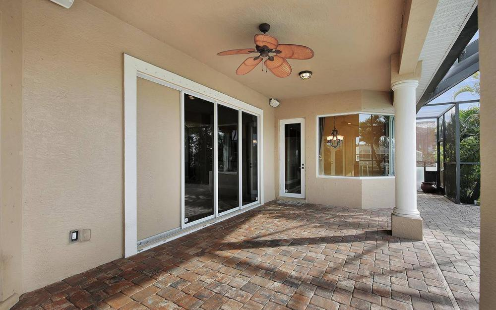 3702 SW 2nd St, Cape Coral - House For Sale 940662474